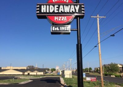 Hideaway Pizza Sign Package